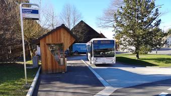 Fehlkonstruktion: Die neue Bushaltestelle in Ammerswil.