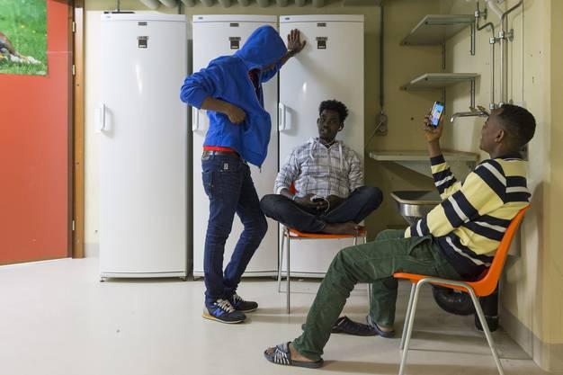 150 männliche Asylsuchende leben in der unterirdischen kantonalen Asylunterkunft im Gops Muri.