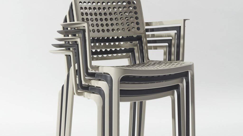 Adrien Rovero - hier sein Stuhl Lausanne - ist einer der 17 Preisträger, die einen Swiss Design Award erhalten haben. Für ihn gilt, was Bundespräsident Alain Berset bei der Verleihung sagte: Gutes Design vereinfache Komplexes aufs Wesentliche und bringe so Klarheit in die grosse Unübersichtlichkeit.
