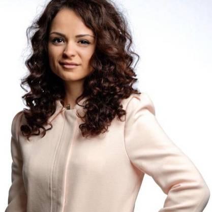 Die 22-jährige Herolinda Rexhepi arbeitet als Angestellte im Bereich Pflege und Betreuung und stammt aus dem Kosovo.