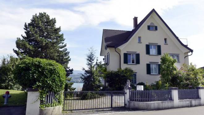 Udo Jürgens' frisch sanierte Villa direkt am Zürichsee.  Foto: Keystone