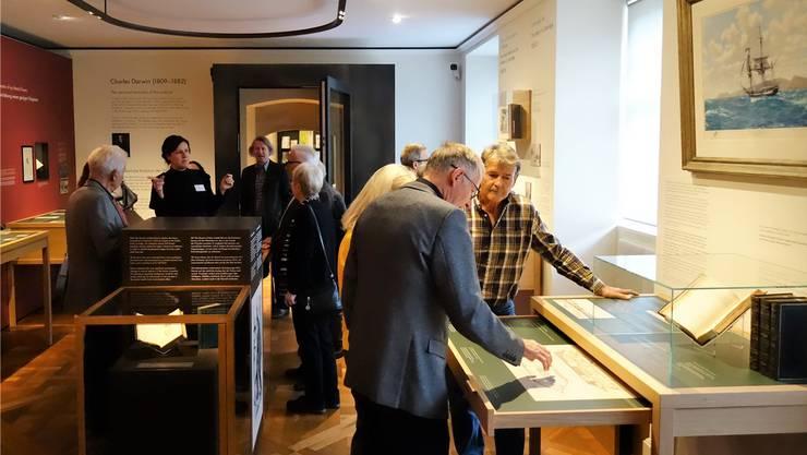 Rare Werke, spannende Informationen: Vernissage zur Sonderausstellung Charles Darwin im Museum für medizinhistorische Bücher Muri.