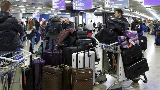 Flugpassagiere am Flughafen Genf (Archiv)