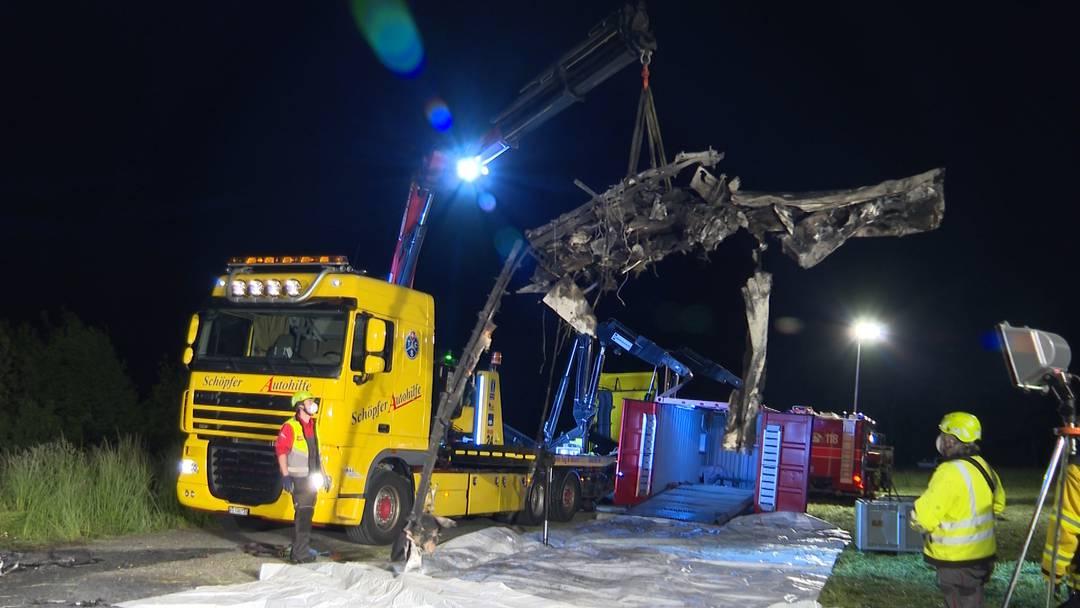 Flugzeugabsturz Birrfeld: Das Wrack wird geborgen (14.5.2019)