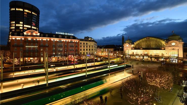 Der Centralbahnplatz ist mit rund 22 Millionen Passagieren die meistfrequentierte Tramhaltestelle Basels. (Archivbild)