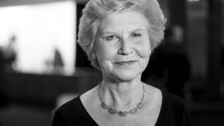 """ARCHIV - Schauspielerin Irm Hermann 2015 bei der Premiere des Films """"Fassbinder"""" in der Volksbühne Berlin. Die Schauspielerin starb im Alter von 77 Jahren. Foto: picture alliance / dpa"""
