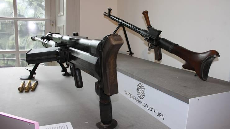 Fragwürdige Maschinenwaffen aus den 30iger-Jahren, konstruiert in der Waffenfabrik Solothurn