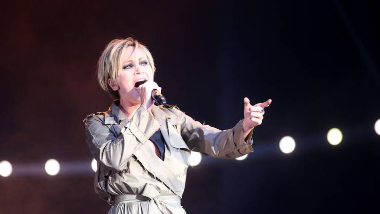 Patricia Kaas am St. Peter at Sunset