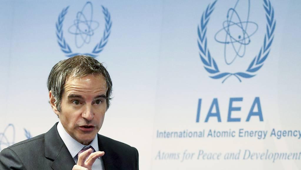 Rafael Grossi, Generaldirektor der Internationalen Atomenergiebehörde (IAEA),  betont, dass die Überwachung des iranischen Atomprogramms nicht zum Spielball der Diplomatie werden dürfe. Foto: Ronald Zak/AP/dpa