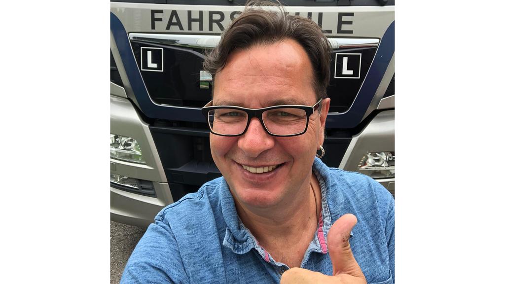 Wegen Corona: Von der Zürcher DJ-Ikone zum Lastwagenchauffeur