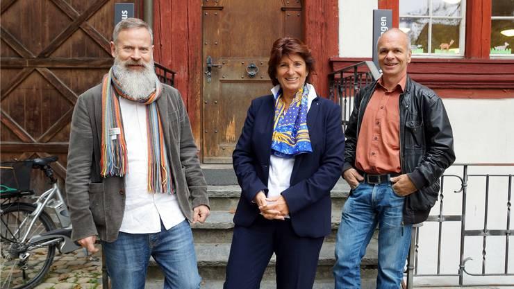 Die Gesichter hinter dem Kulturmeilen-Fest: Rudolf Velhagen (l.) und Hansueli Trüb mit Gemeinderätin Antoinette Eckert.Ursula Burgherr