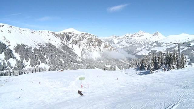Zwischenbilanz in Skigebieten