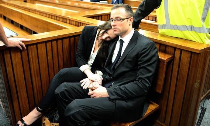 Oscar Pistorius mit seiner Schwester Aimee.