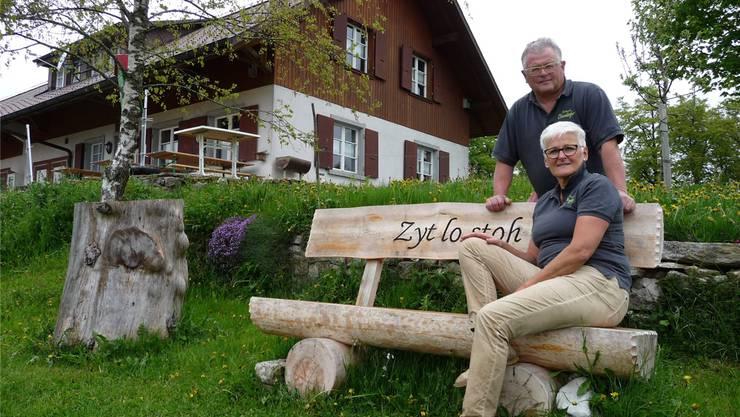 «Zyt lo stoh» heisst das Motto von Luzia Schnyder und Andi Schnider auf dem Oberdörfer. Auch wenn es viel Arbeit gibt.