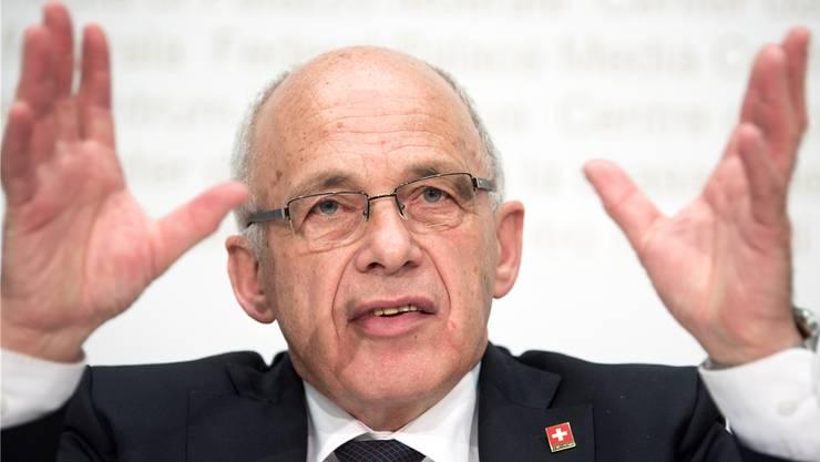 Sein IT-Projekt mit dem Namen Superb23 kommt den Bund teuer zu stehen: Finanzminister Ueli Maurer.