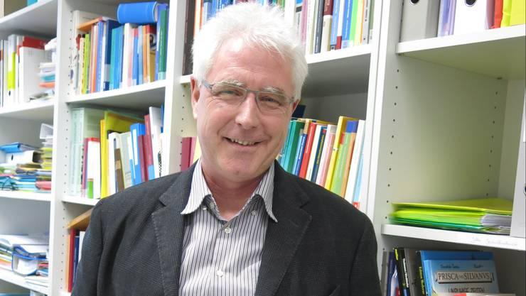 Peter Gautschi ist Professor für Geschichtsdidaktik an der Pädagogischen Hochschule Luzern. Er arbeitete beim Lehrplan 21 mit.