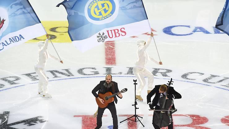 Viel Eishockey, auch Show: Der Spengler Cup strahlt eine Faszination aus