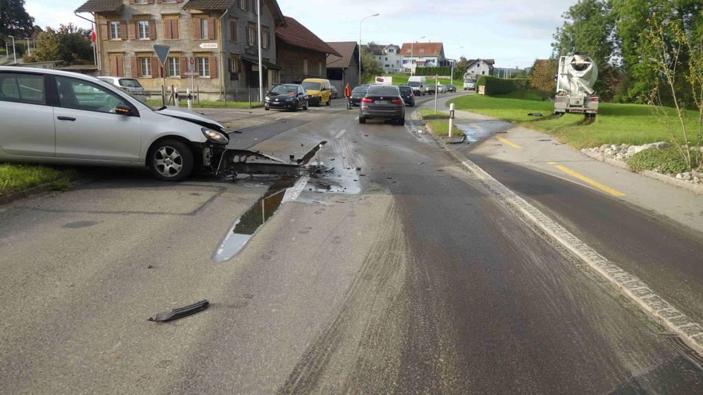 Betrunkene Fahrerin baut Unfall im Sekundenschlaf