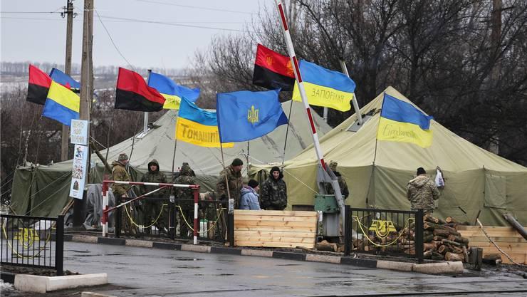 Kriwoj Torets: Ukrainische Nationalisten blockieren die Eisenbahnlinie, der Handel mit dem separatistischen Donbass sei «unmoralisch».Aleksey FILIPPOV/AFP