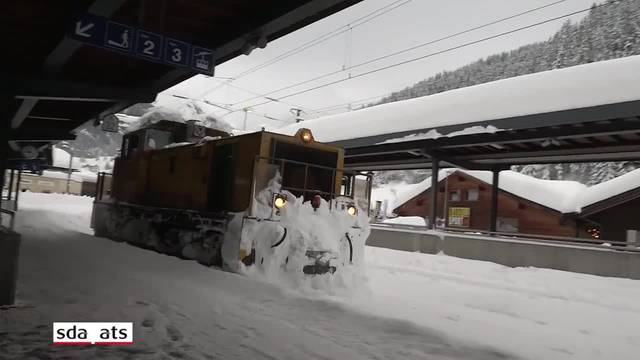 Davos-Klosters versinkt im Schnee