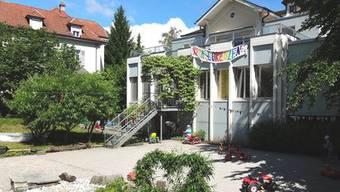 Die KITA Lorenzen Solothurn sucht Seniorinnen und Senioren mit Freude an der Arbeit mit Kindern