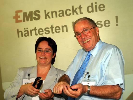 Stabübergabe: Nach der Wahl von Christoph Blocher in den Bundesrat (2003) wurde Magdalena Martullo Chefin der Ems.
