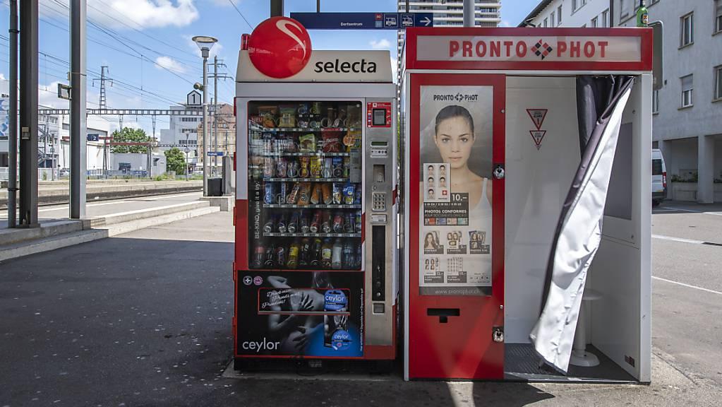 Die Automatenbetreiberin Selecta leidet weiterhin unter den Folgen der Coronakrise. Im dritten Quartal 2020 ist der Umsatz gegenüber dem Vorjahr um beinahe einen Drittel eingebrochen.(Archivbild)