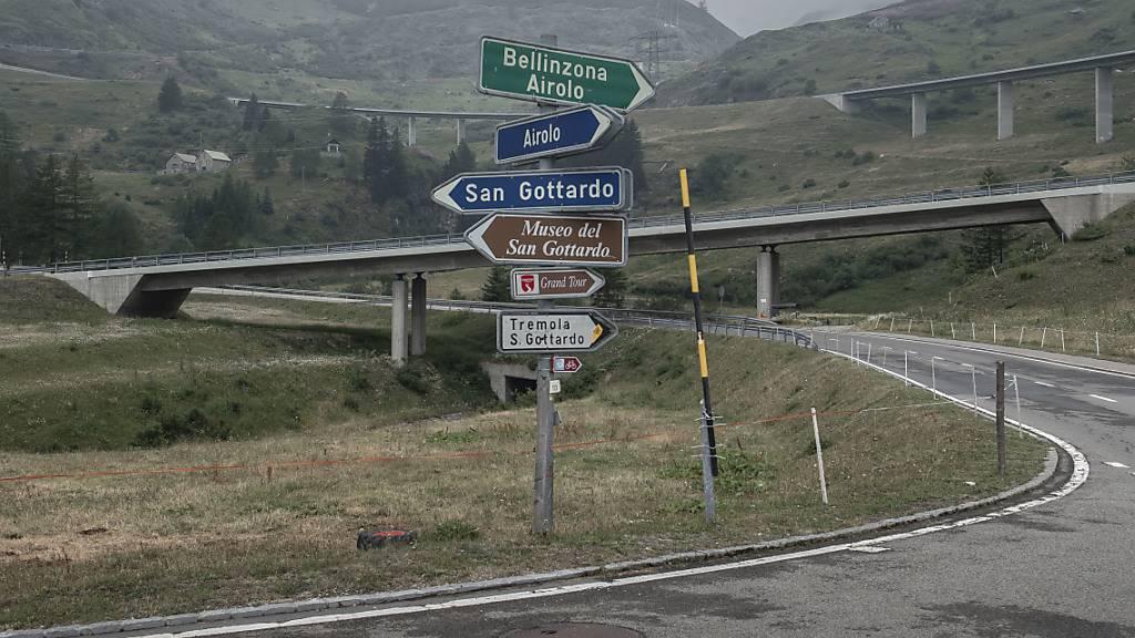 Sechs Schwerverletzte nach Frontalkollision auf dem Gotthard-Pass