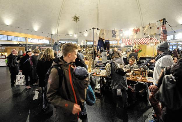 In der Markthalle findet der Last Minute Weihnachtsmarkt statt.