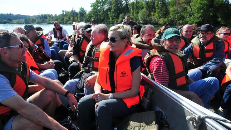«Dreier-Weidling»: Die Fahrt auf der Aare markierte den «bequemeren» Abschnitt der Grenzwanderung.