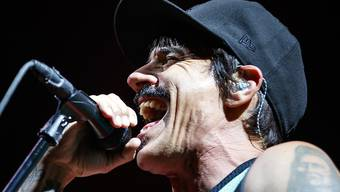 Die Red Hot Chili Peppers vermochten das Paléo-Publikum in Nyon nur mässig zu überzeugen.