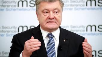 Viele Ukrainer sind enttäuscht von Präsident Petro Poroschenko. Sie werfen ihm vor, die weit verbreitete Korruption nicht beendet zu haben. (Archivbild)