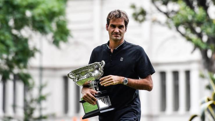 In den Melbourner Carlton Gardens steht der erste offizielle Fototermin mit dem neuen alten Champion an.