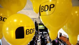 Kein Grund zum Feiern: Statt den 3000 Unterschriften hat die Partei nur rund 500 zusammengekriegt. Jetzt ist die Frist abgelaufen. (Symbolbild)