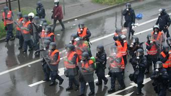 Die Polizeieinsätze bei FCB-Spielen will Sicherheitsdirektor Hanspeter Gass in der Regierung thematisieren