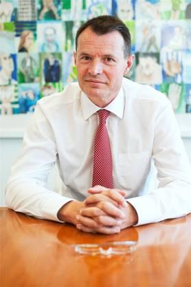 Sie rückt nach, weil die Raiffeisen Guy Lachappelle, derzeit noch Chef der Basler Kantonalbank, als Präsidenten des Verwaltungsrats nominiert hat.
