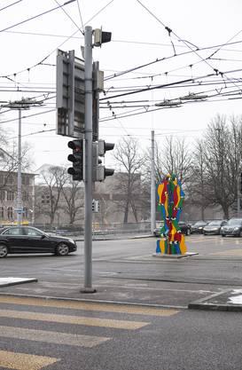 Was sich wohl die Autofahrer beim Anblick der Skulptur gedacht haben?
