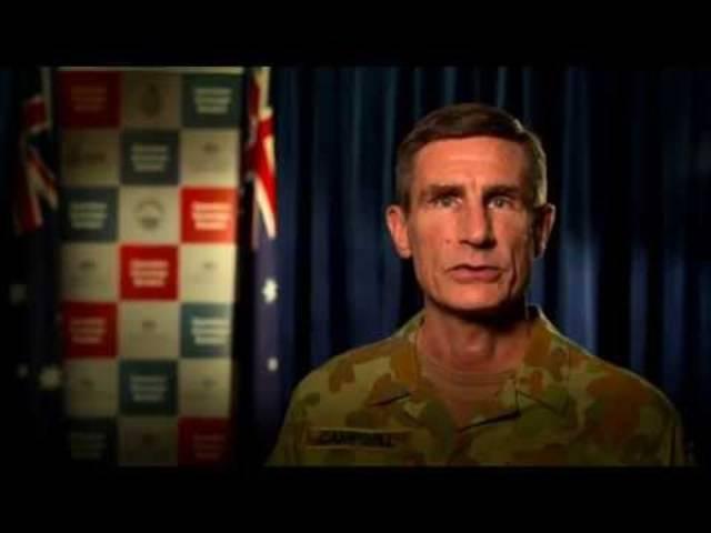 In einem weiteren Video der «No Way»-Kampagne warnt General Campell vor Schleppern.
