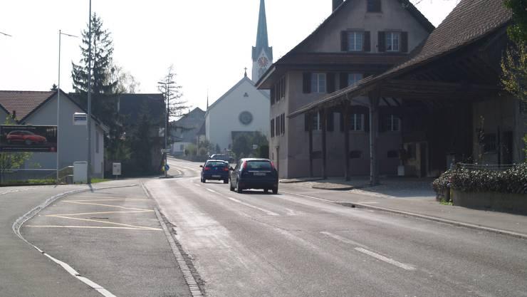 Mit dem Baubeginn Ende April nimmt das Hin und Her um die Kantonsstrasse in Berikon ein Ende. (ros)