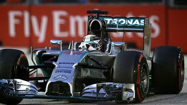 Lewis Hamilton sichert sich die Pole Position in Singapur
