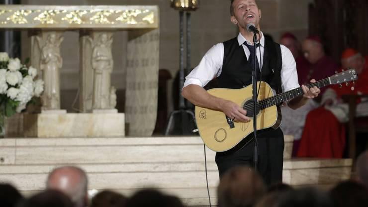 Chris Martin singt für den verstorbenen Beau Biden.