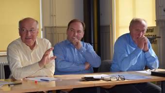 Im Restaurant Kaserne in Liestal lancierte das Initiativkomitee die Bruderholzspital-Initiative. v.l.Ferdinand Martius, Steffen Herbert, Hans Kummer