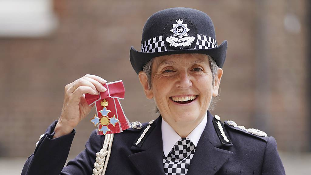 Vertrag von Londoner Polizeichefin trotz Kritik verlängert