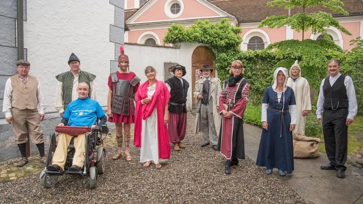 Das OK vom Fläckefäscht im mittelalterlichen Kleid.