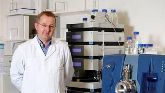 Daniel Eisenhart leitet das Rechtsmedizinische Institut am Kantonsspital Aarau, wo die Leichen der Unfallopfer von Rheinfelden untersucht werden.