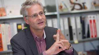 Reto Nussbaumer wehrt sich gegen Solarstrom-Kritiker.  Rolf Jenni
