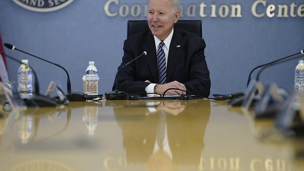 Joe Biden, Präsident der USA, ist erfreut über den Fortschritt der Impfkampagne. Foto: Evan Vucci/AP/dpa
