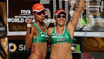 Jubeln über den WM-Titel: das Brasil-Duo Larissa/Juliana