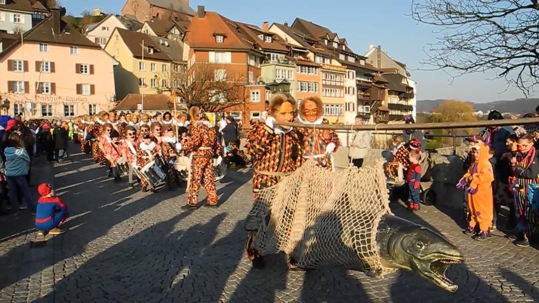 In Laufenburg ging ein dicker Fisch ins Netz – die Fasnacht ist da!