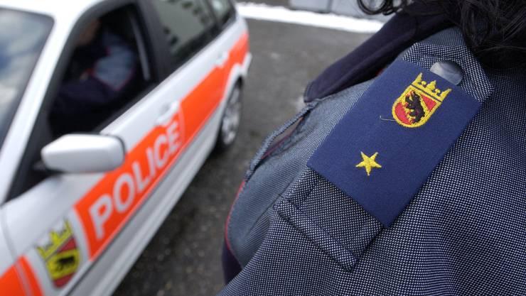 In Ostermundigen BE hat die Polizei am Freitagabend in einer Wohnung eine tote Frau gefunden. Sie wurde Opfer eines Tötungsdelikts.
